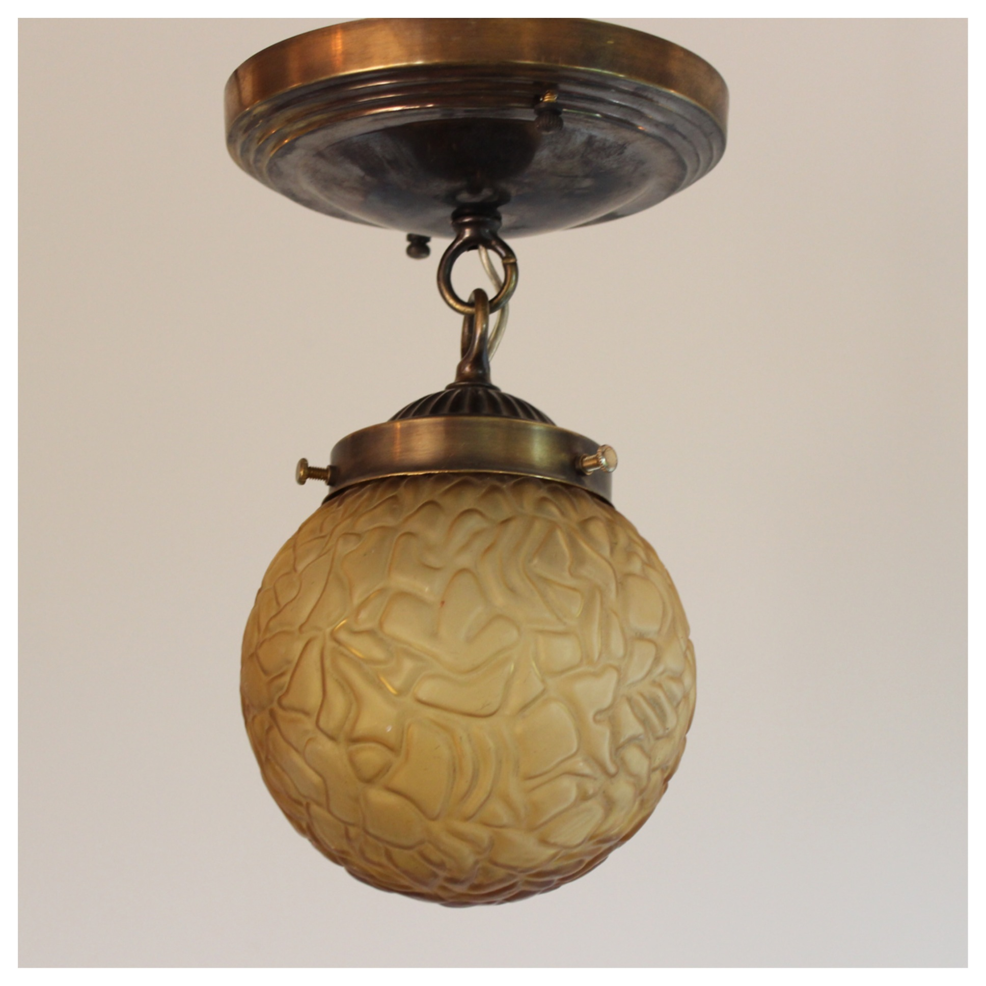 A7552 Art Deco Globe Bogart Bremmer Bradley Antiques